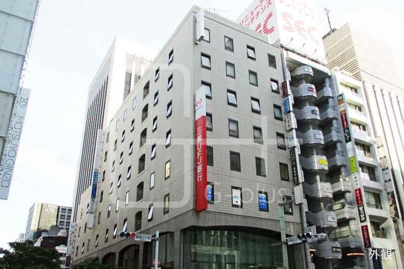 銀座三丁目交差点角地のビル 4階のイメージ